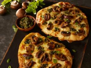 Roasted Mushroom Flatbread Pizza