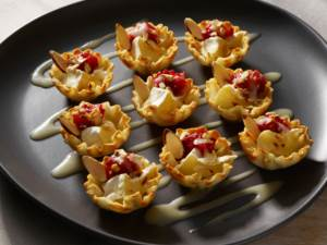 brie cranberry apple cups