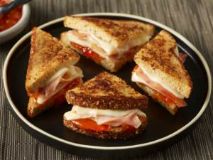 peach and prosciutto grilled cheese