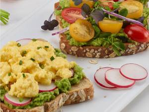 Scrambled Egg and Avocado Toast